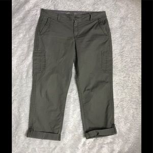 Eddie Bauer woman cropped pants size 10